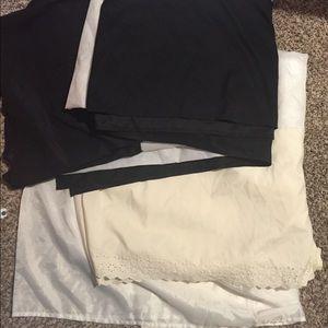 Set of 2 queen bed skirts